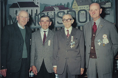 1975_6